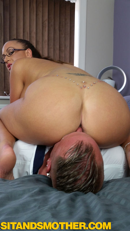 anus smothering